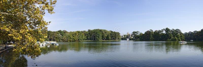 Λίμνη στο πάρκο παλατιών Laxenburg στοκ φωτογραφίες με δικαίωμα ελεύθερης χρήσης