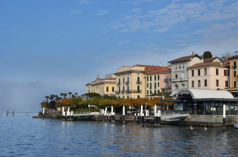 λίμνη της Ιταλίας como του Μπ&epsilon στοκ εικόνες