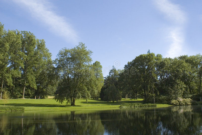 Download λίμνη στοκ εικόνα. εικόνα από λίμνη, ειρηνικός, ουρανός - 63383