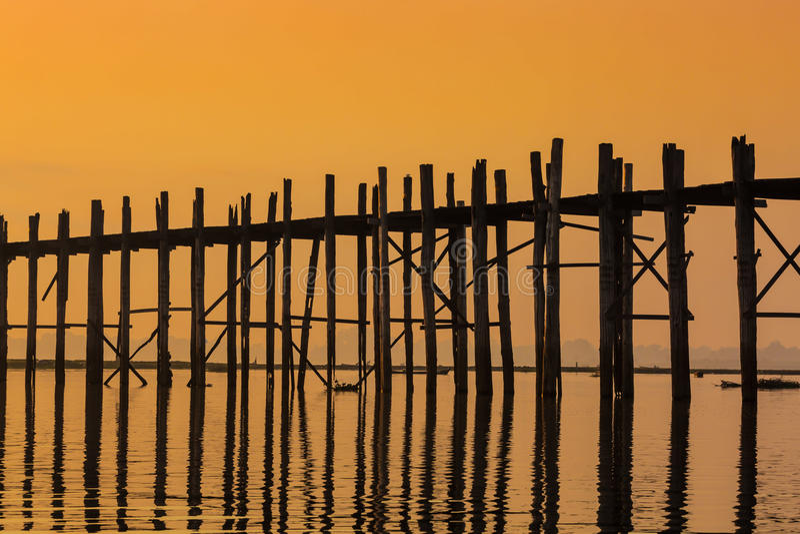 Λίμνη Amarapura το Μιανμάρ Taungthaman γεφυρών του U Bein στοκ φωτογραφία με δικαίωμα ελεύθερης χρήσης