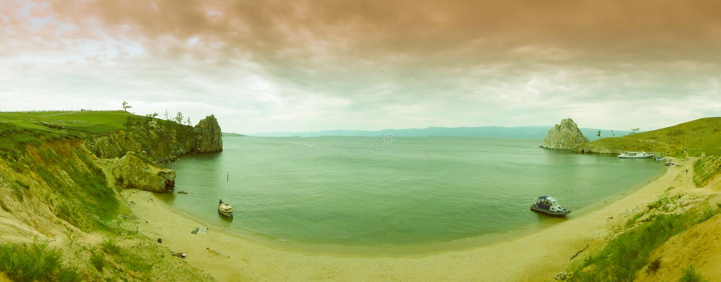 Λίμνη Baikal, κόλπος του νησιού Olkhon στοκ εικόνα με δικαίωμα ελεύθερης χρήσης