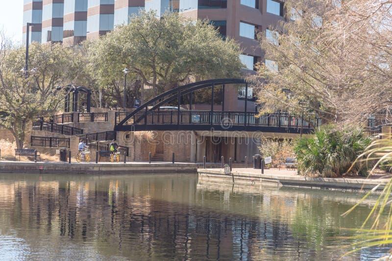 Λίμνη Carolyn σε Las Colinas, Irving, Τέξας, ΗΠΑ στοκ εικόνα