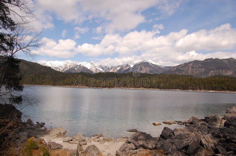 Λίμνη Eibsee Garmisch Βαυαρία Γερμανία στοκ φωτογραφίες με δικαίωμα ελεύθερης χρήσης