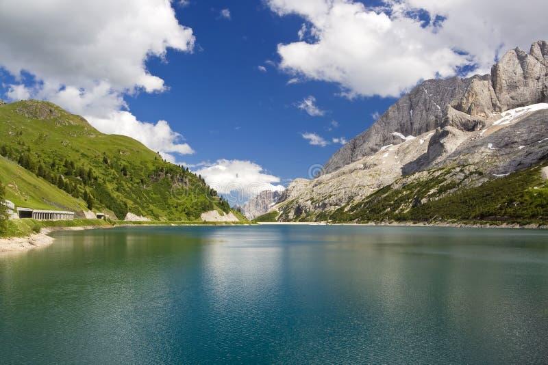 λίμνη fedaia στοκ φωτογραφίες με δικαίωμα ελεύθερης χρήσης