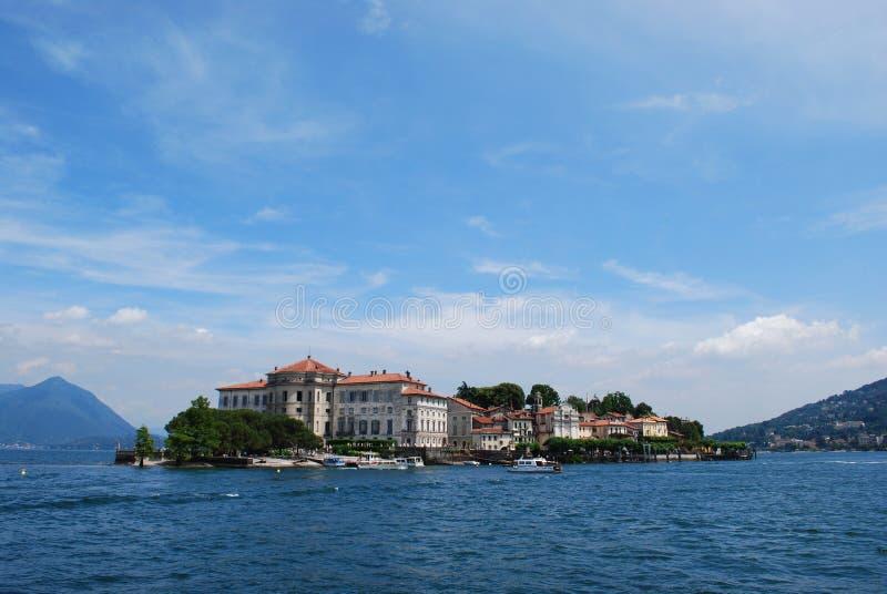 λίμνη isola bella maggiore στοκ εικόνες