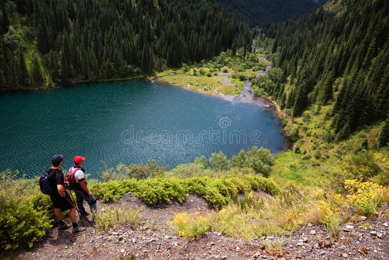 λίμνη kolsai του Καζακστάν στοκ εικόνες