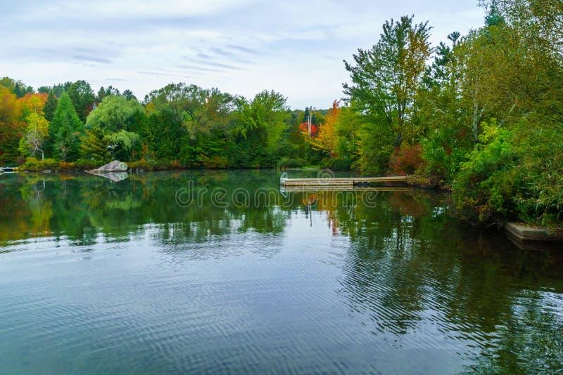 λίμνη Lac Rond, στο Sainte-Adele στοκ φωτογραφία με δικαίωμα ελεύθερης χρήσης