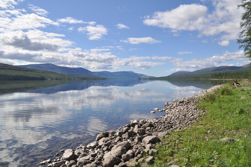 Λίμνη Nakomyaken στο οροπέδιο Putorana στοκ φωτογραφίες με δικαίωμα ελεύθερης χρήσης
