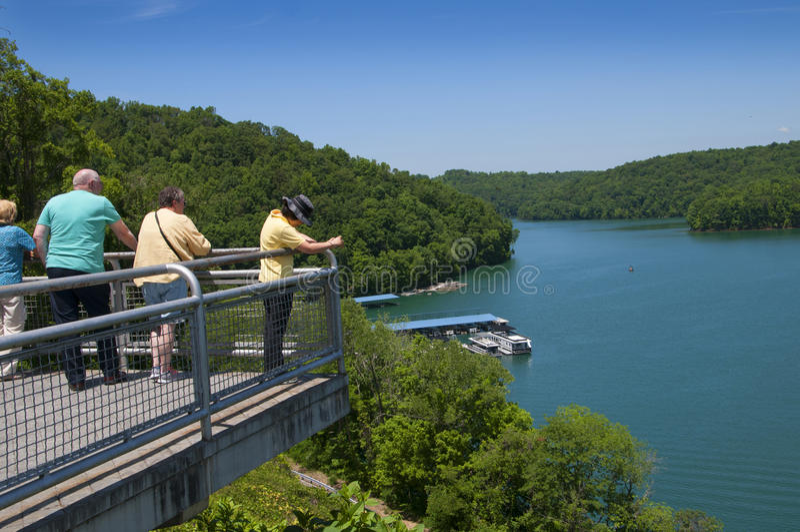 Λίμνη Norris που διαμορφώνεται από το φράγμα Norris Clinch ποταμών στην κοιλάδα ΗΠΑ του Τένεσι στοκ φωτογραφία με δικαίωμα ελεύθερης χρήσης