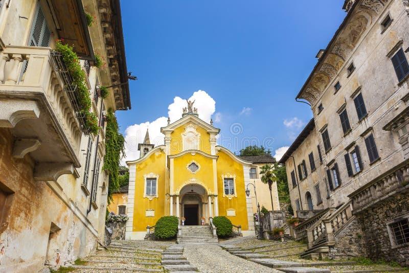 Λίμνη Orta, εκκλησία Piedmont, Ιταλία της Σάντα Μαρία Assunta στοκ φωτογραφία με δικαίωμα ελεύθερης χρήσης