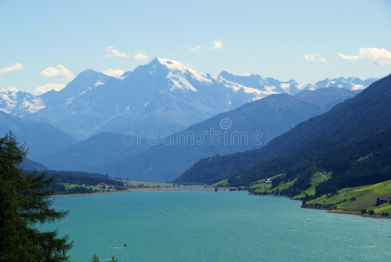 Λίμνη Reschensee στοκ εικόνα με δικαίωμα ελεύθερης χρήσης