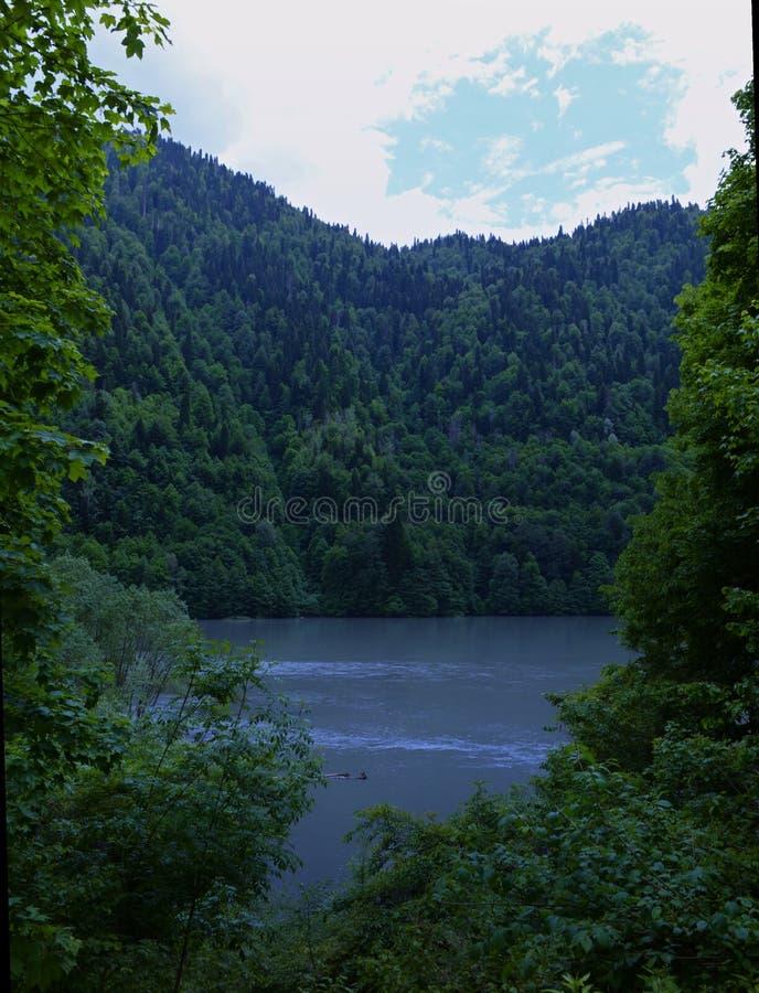 Λίμνη Rica στην Αμπχαζία στοκ εικόνες