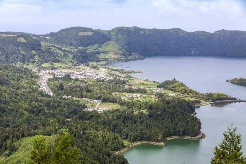 Λίμνη Sete Cidades στο νησί του Miguel Σάο, Αζόρες, Πορτογαλία στοκ εικόνες