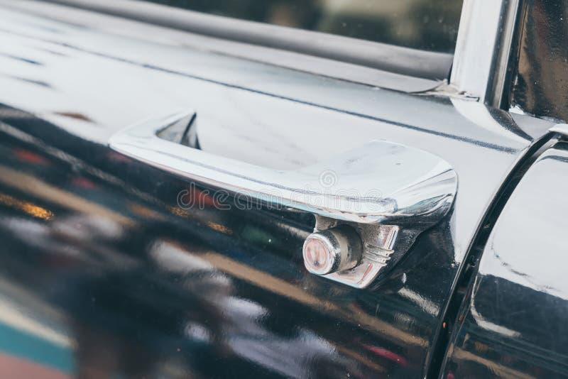 λαβή του παλαιού αυτοκινήτου στοκ εικόνες