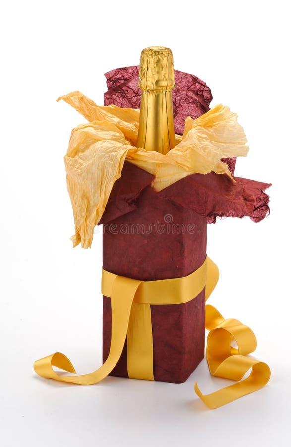 λαμπιρίζοντας κρασί δώρων &m στοκ εικόνα με δικαίωμα ελεύθερης χρήσης