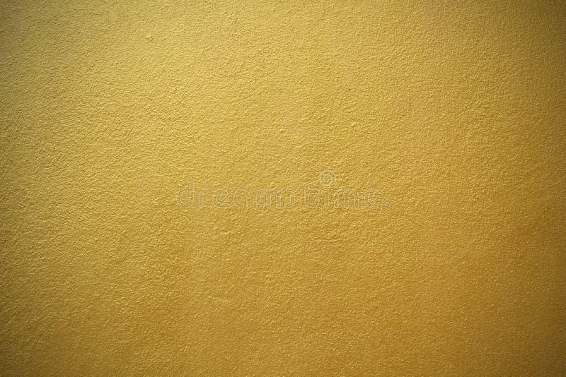 Λαμπρός κίτρινος χρυσός φύλλων του υποβάθρου σύστασης τοίχων στοκ φωτογραφία με δικαίωμα ελεύθερης χρήσης
