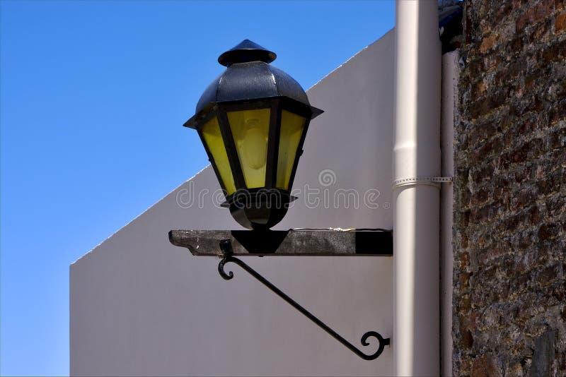 Λαμπτήρας οδών και ένας υδροσωλήνας στο colonia del Σακραμέντο στοκ φωτογραφία με δικαίωμα ελεύθερης χρήσης