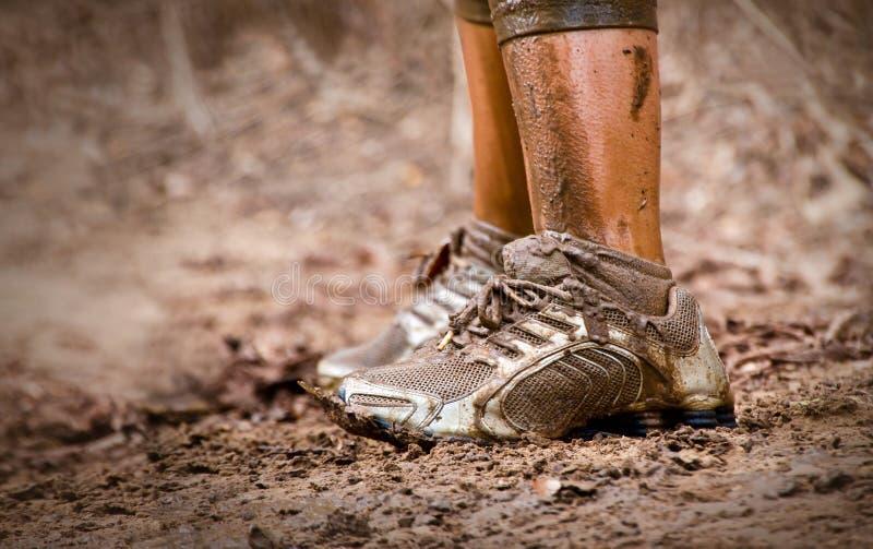 Λασπώδη παπούτσια στοκ εικόνες με δικαίωμα ελεύθερης χρήσης