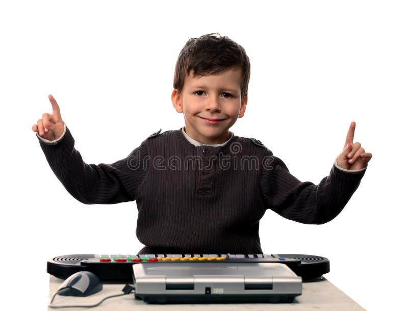 λατρευτό πιάνο lap-top παιδιών ηλεκτρικό στοκ φωτογραφίες με δικαίωμα ελεύθερης χρήσης