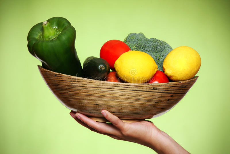 Download λαχανικά κύπελλων στοκ εικόνα. εικόνα από φύση, αγγούρι - 17056337