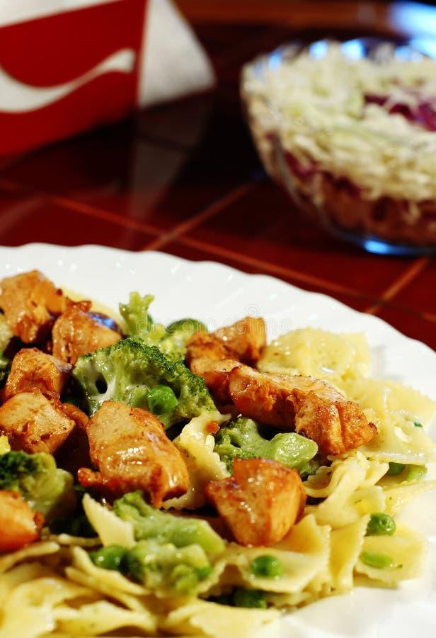 Download λαχανικά μπριζολών στοκ εικόνες. εικόνα από λάχανο, ορέξεων - 399250