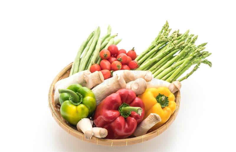 Λαχανικό μιγμάτων στο καλάθι στοκ εικόνες