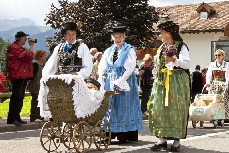 Λαϊκό φεστιβάλ Ladina, βόρεια Ιταλία στοκ εικόνες
