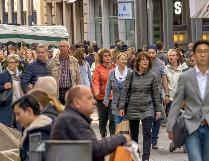 Λειψία, Σαξωνία, Γερμανία - 21 Οκτωβρίου 2017: ιδιαίτερα συχνασμένο pe στοκ φωτογραφία με δικαίωμα ελεύθερης χρήσης