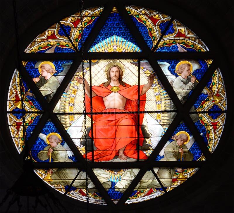 λεκιασμένο γυαλί παράθυ& στοκ εικόνα με δικαίωμα ελεύθερης χρήσης