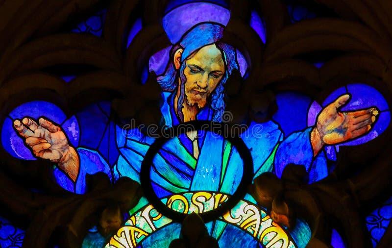 Λεκιασμένο γυαλί του Ιησούς Χριστού στον καθεδρικό ναό της Πράγας στοκ εικόνες