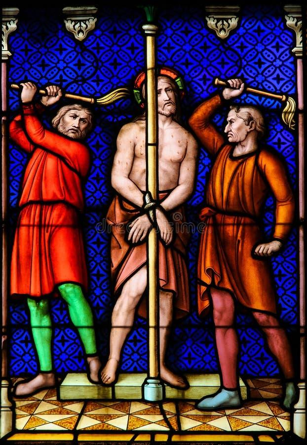 Λεκιασμένο γυαλί - Flagellation του Ιησούς Χριστού στη Μεγάλη Παρασκευή στοκ φωτογραφία