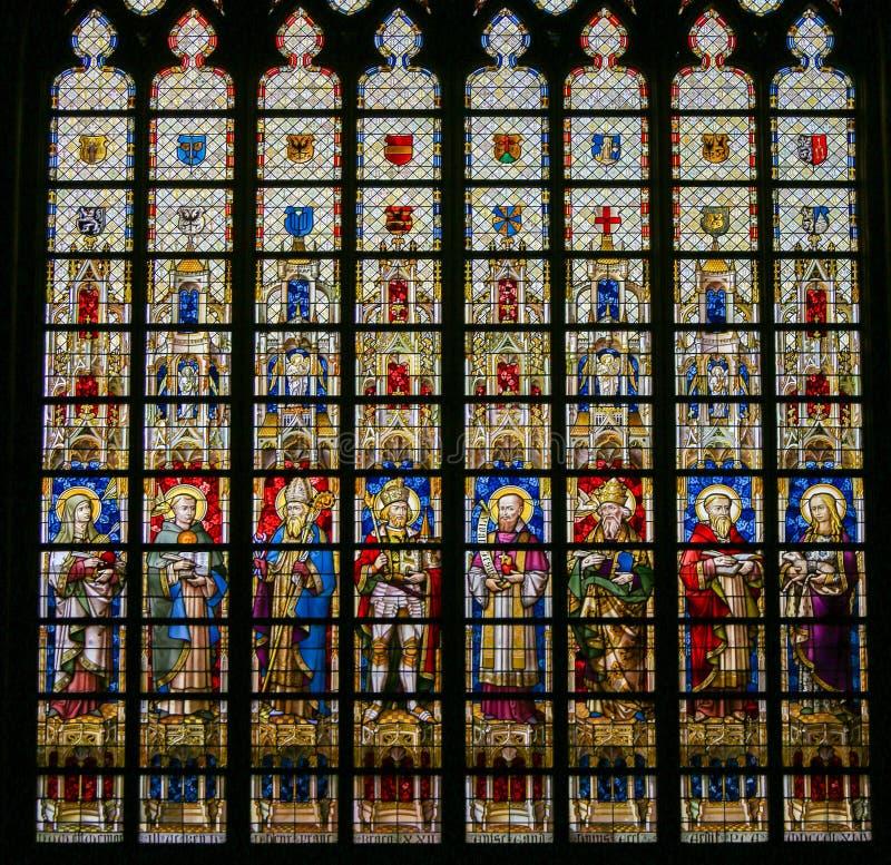Λεκιασμένο γυαλί - καθολικοί Άγιοι στοκ φωτογραφίες
