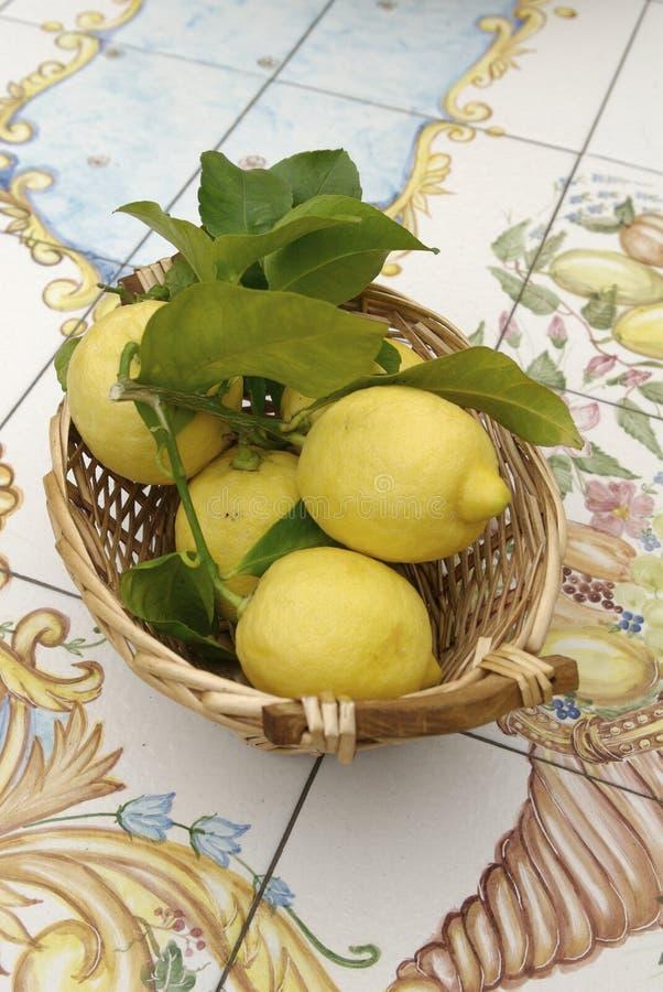 λεμόνια s Σορέντο στοκ φωτογραφία με δικαίωμα ελεύθερης χρήσης