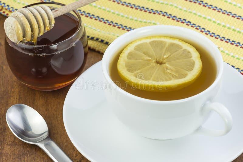 Λεμόνι και μέλι τσαγιού στοκ φωτογραφίες