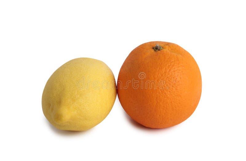 Λεμόνι και πορτοκάλι δύο στοκ φωτογραφία με δικαίωμα ελεύθερης χρήσης