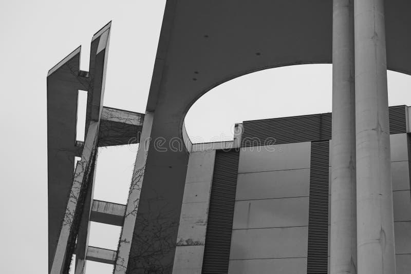 Λεπτομέρεια αρχιτεκτονικής της γερμανικής καγκελερίας, Bundeskanzleramt Βερολίνο στοκ φωτογραφία