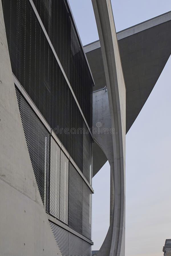 Λεπτομέρεια αρχιτεκτονικής του Paul-Loebe Haus, Βερολίνο στοκ εικόνες με δικαίωμα ελεύθερης χρήσης