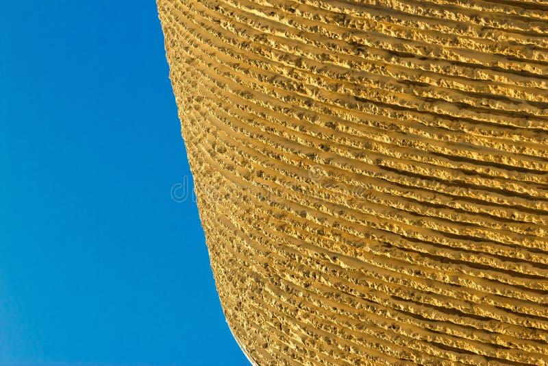 Λεπτομέρεια αρχιτεκτονικής - χαρασμένος ασβεστόλιθος στοκ φωτογραφίες