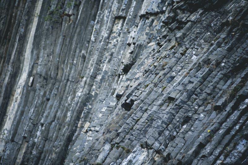 Λεπτομέρεια διαμορφωμένου του Interesant βράχου βασαλτών από την τσεχική Ελβετία στοκ εικόνες