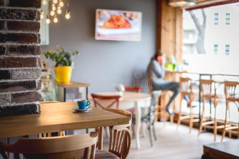 Λεπτομέρεια ενός αναδρομικού εσωτερικού εστιατορίων στοκ εικόνες