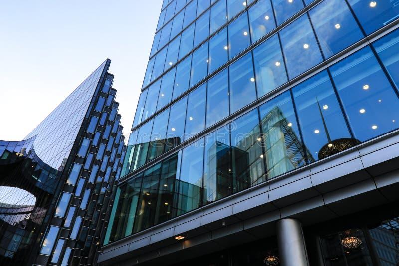 Λεπτομέρεια ενός κτιρίου γραφείων στοκ εικόνα με δικαίωμα ελεύθερης χρήσης