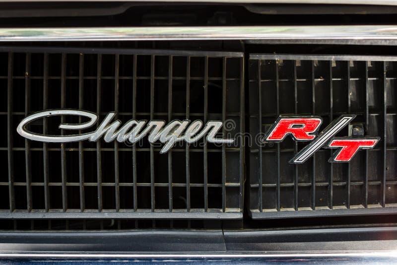 Λεπτομέρεια ενός φορτιστή R/T τεχνάσματος αυτοκινήτων μέσος-μεγέθους Κινηματογράφηση σε πρώτο πλάνο στοκ εικόνες
