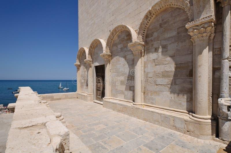 Λεπτομέρεια καθεδρικών ναών Trani στοκ φωτογραφία