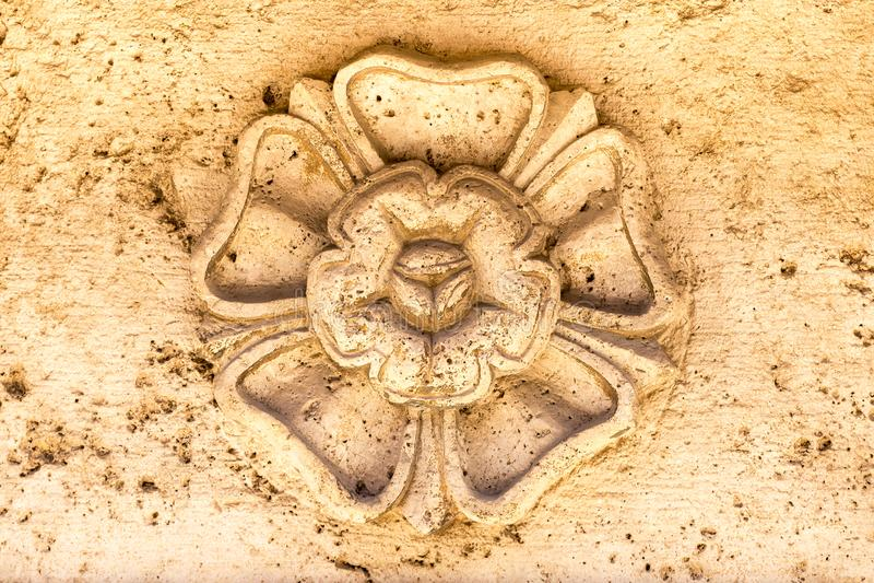 Λεπτομέρεια μιας αρχαίας καλλιτεχνικής πέτρας στοκ φωτογραφία με δικαίωμα ελεύθερης χρήσης