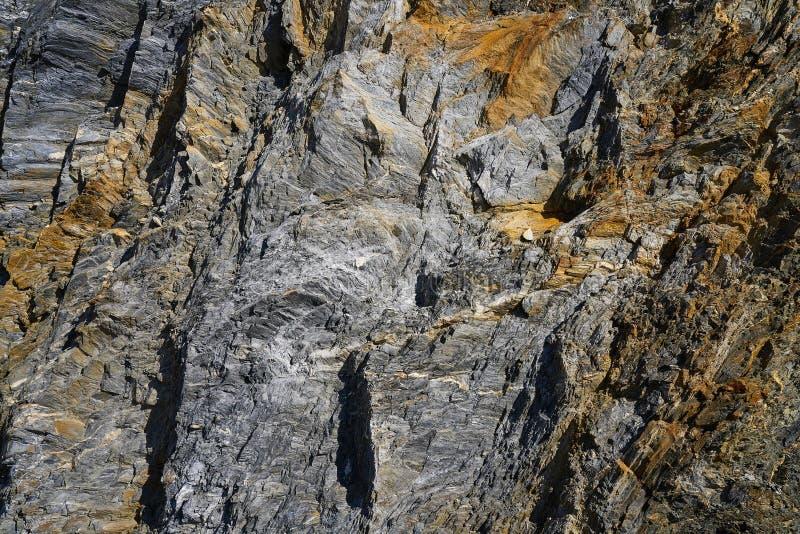 Λεπτομέρεια πετρών πλακών στα Πυρηναία Ισπανία στοκ εικόνες