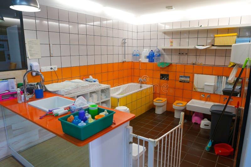 Λεπτομέρεια στην τουαλέτα στο νηπιαγωγείο της Μαγιόρκας στοκ φωτογραφία με δικαίωμα ελεύθερης χρήσης