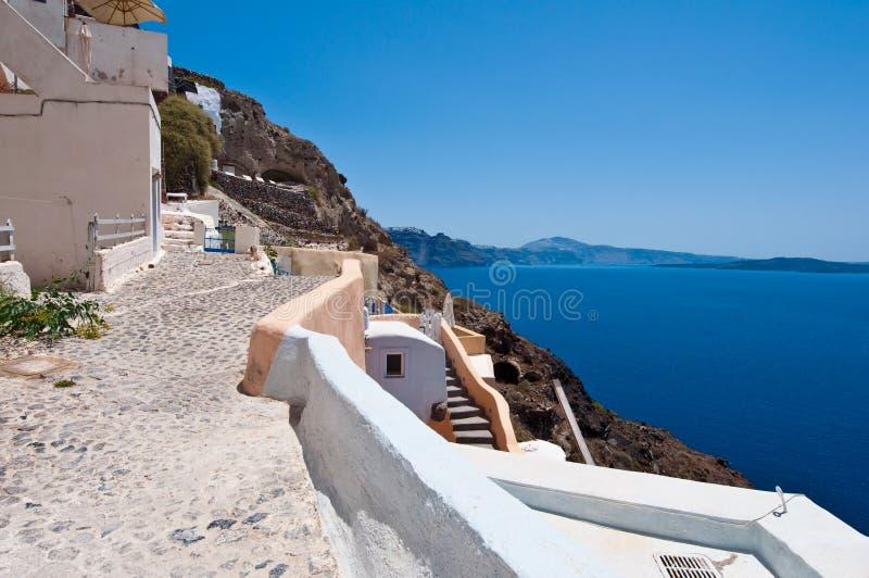 Λεπτομέρεια της αρχιτεκτονικής στην καταπληκτική Oia πόλη στο νησί Santorini στην Ελλάδα στοκ εικόνες