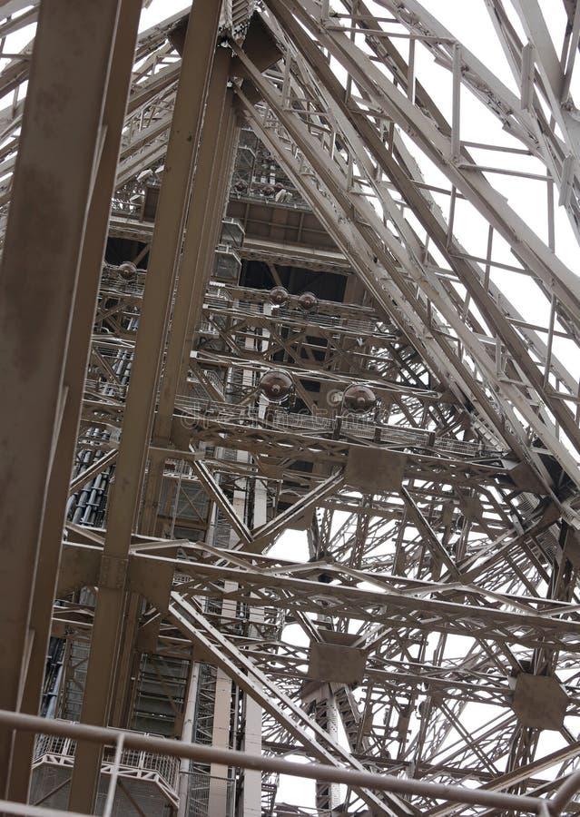 λεπτομέρεια της δομής του πύργου του Άιφελ στο Παρίσι στοκ εικόνα
