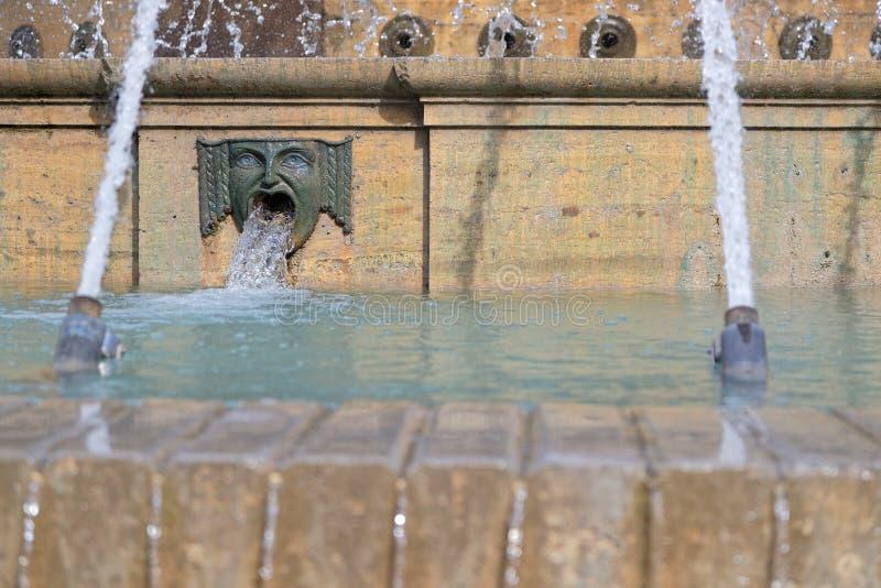 Λεπτομέρεια της πηγής Piazza de Ferrari στοκ εικόνες