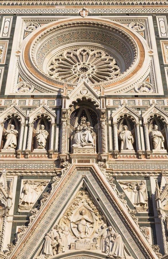 Λεπτομέρεια της πρόσοψης του καθεδρικού ναού στοκ εικόνες